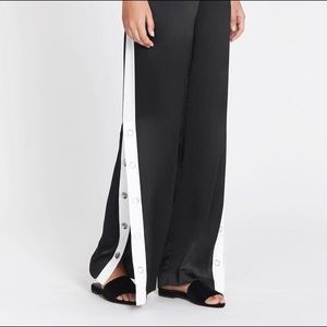 NWT Equipment Arwen Warm Up Pants